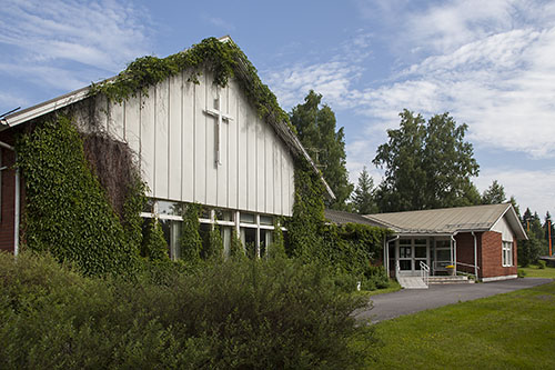 Tuusniemen seurakuntakoti ja seurakuntakodin kirkkosali